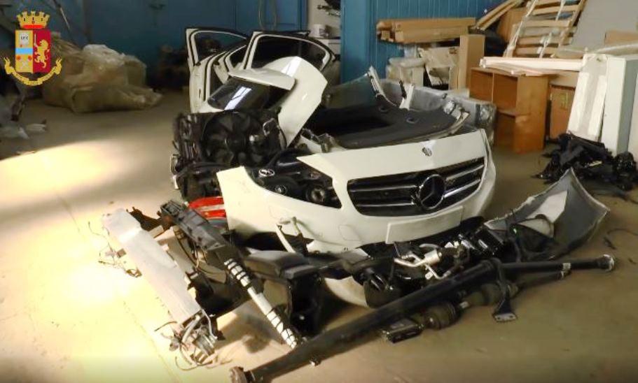immagine auto rubate e demolite