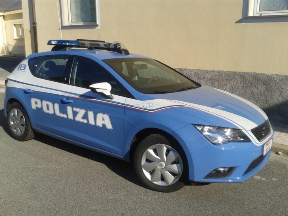 immagine volante della polizia